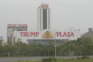 20060627_Trump_Plaza_from_Atlantic_City_Expressway_1 redacted 2006 4 x 6 web